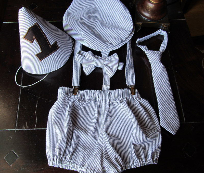 Boys Smash Cake Outfit Birthday Bowtie Suspenders Neck Tie Diaper Cover Newsboy Hat Party